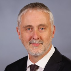 Image of Hon Gavin Jennings